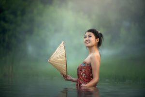 太陽線が複数ある!女性に多い瞬間の幸せを感じやすい幸運の人!/手相占い
